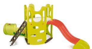 Spielhaus mit Rutsche_1